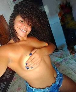 Fotos nudes amadoras de ninfeta negra nua caiu no Zap