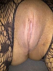 Mulher com bunda grande e buceta larga
