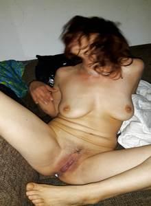 Vizinha bêbada pelada fazendo poses pro amante