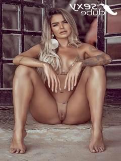 Monara Queiroga Nua na Revista Sexy de Maio de 2020