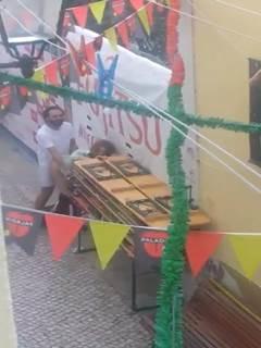 Flagra gostosa bêbada transando na rua
