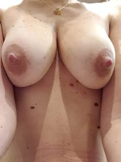 Coroa paulista peituda nua em nudes