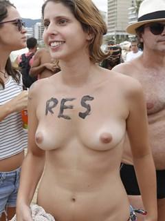 Ana Rios nua pelada fazendo Topless